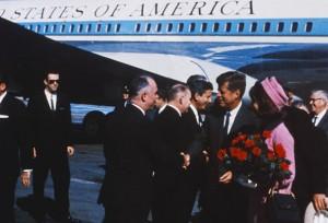 Kennedy arriving in Dallas